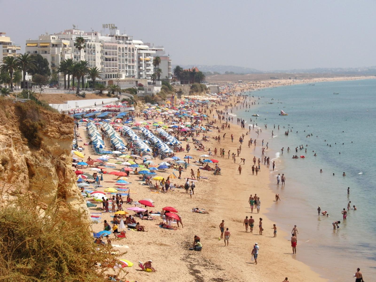 Praia de Armação de Pêra, пляж,